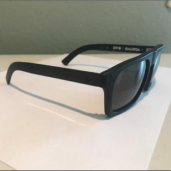 74b1d99369 Spy balboa happy lens sunglasses. M 5b00c8baa825a603d9e01b7e